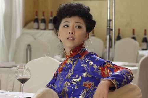 电视剧《火线三兄弟》黄小蕾角色挑逗 观众大呼过瘾