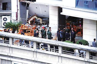 东莞爆炸 最快到现场的记者看到了什么