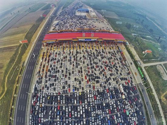 2015最佳航拍图 包括北京黄金周大堵车