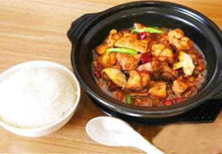 黄焖鸡饭进军美国 中国餐饮巨头走出国门