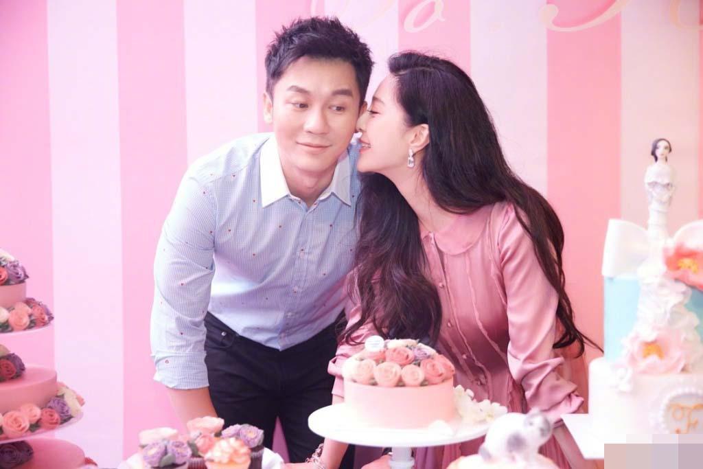 李晨求婚范冰冰成功 娱乐圈模范情侣终于修成正果
